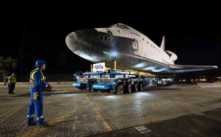 Sarens Space shuttle kranen